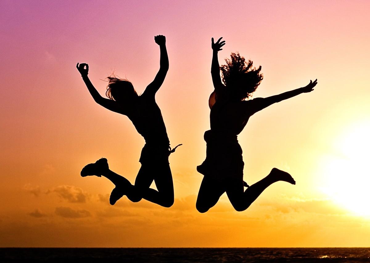 https://prismic-io.s3.amazonaws.com/alexander-johnson/39600511eb282fc12a54802b3d64261c7d239873_youth-active-jump-happy-40815.jpeg