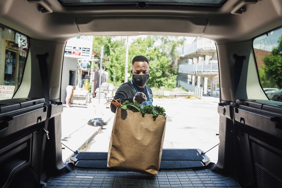 delivery driver with groceries