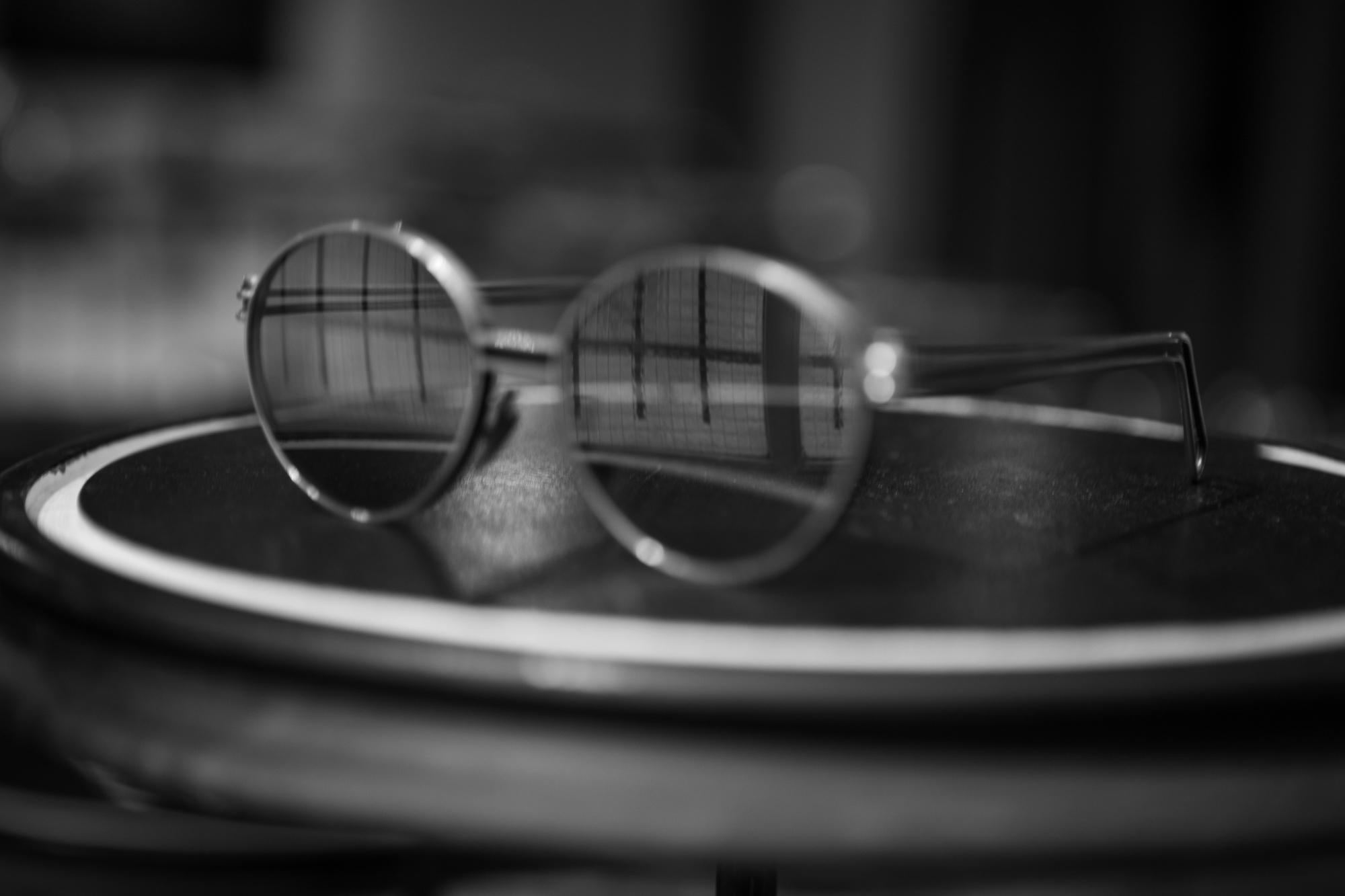 WERKSTATT:MÜNCHEN SHOWROOM Glasses #1 Grey in Sterling Silver FW20