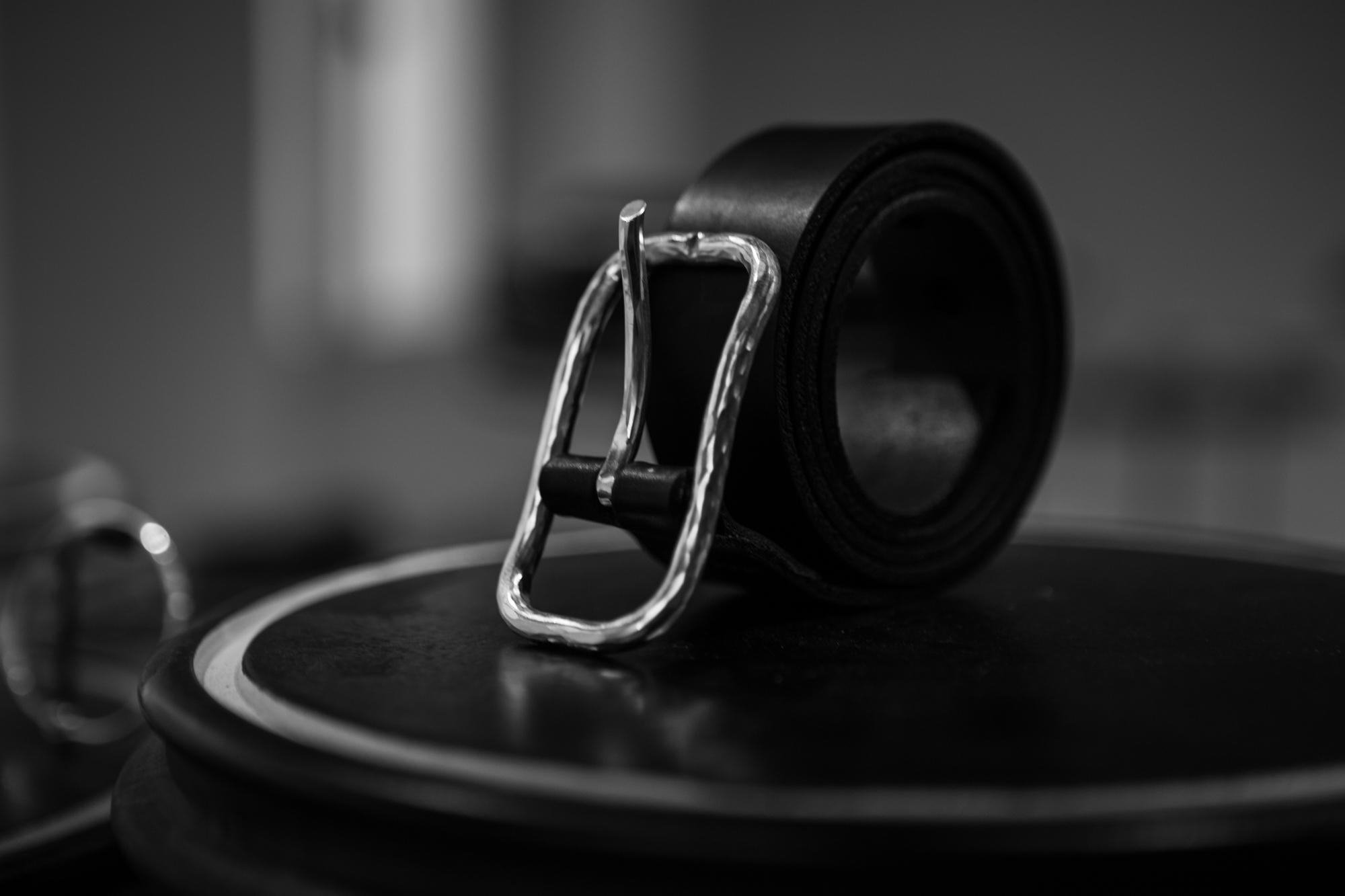 WERKSTATT:MÜNCHEN SHOWROOM Hammered Sterling Silver Buckle Leather Belt FW20