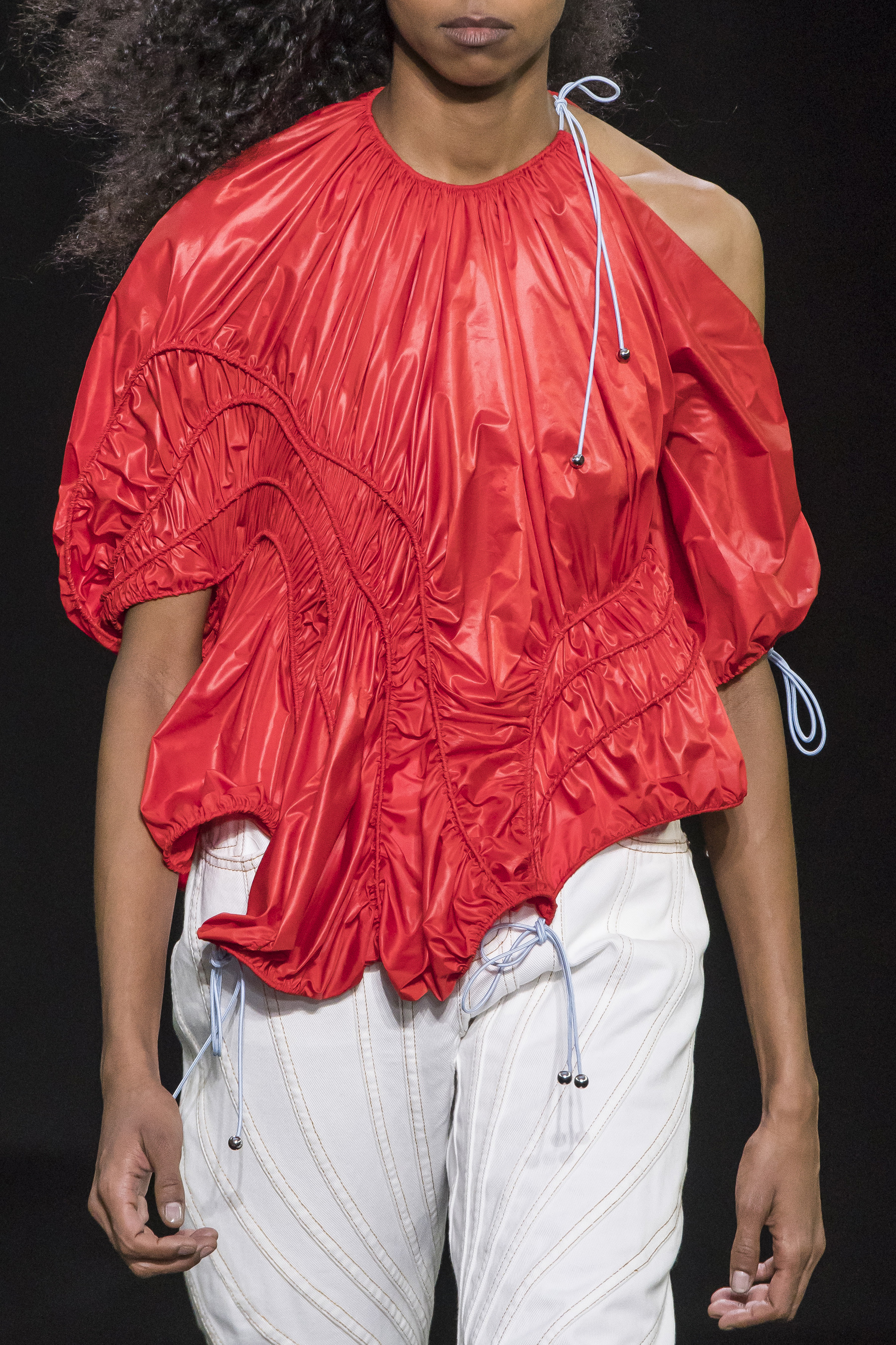 Mugler Details Parachute Drawstring Top in Red High Waisted Boyfriend Jeans in White Spring 19