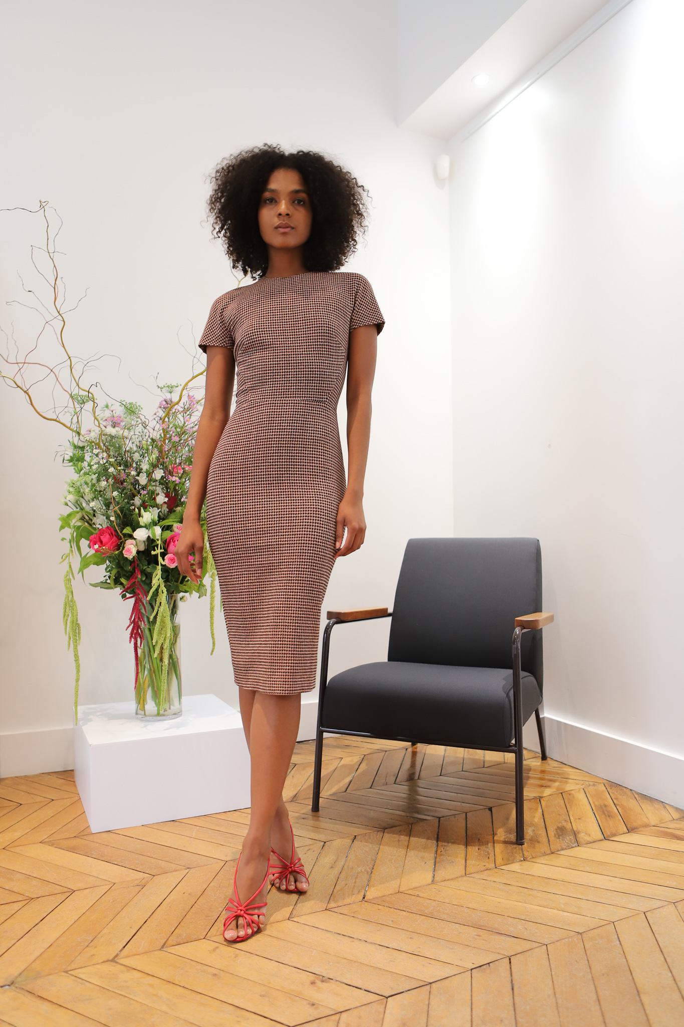 Victor Beckham Short Sleeve Pattern Dress in Brown Spring 20 RTW