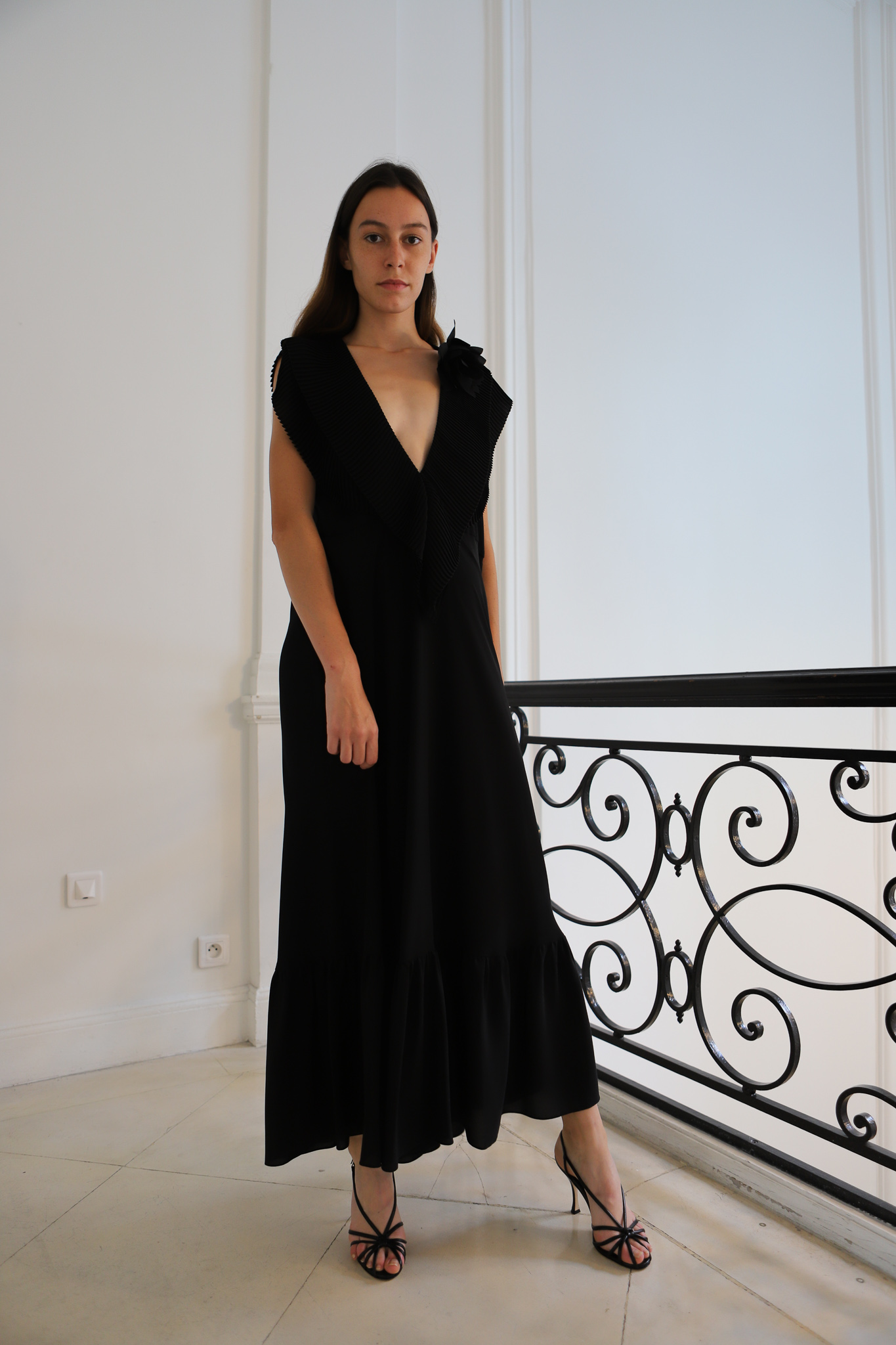 Victor Beckham V Neckline Dress in Black Spring 20 RTW