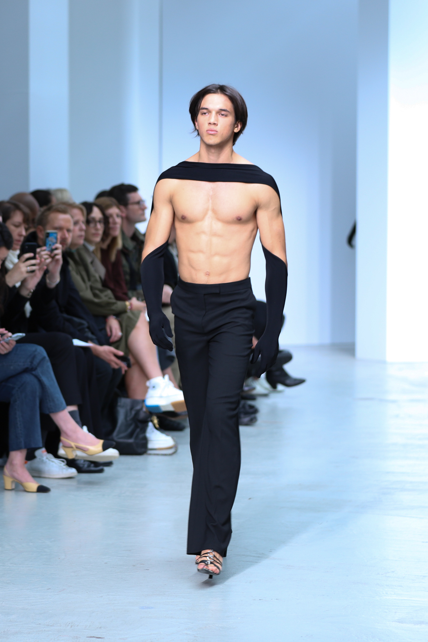 Mugler Runway Slim Fit Trousers in Black Spring 20 RTW