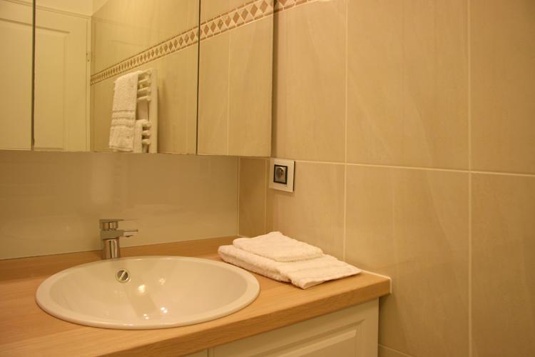 Design Singulier, architecture d'intérieur, salle de bain, vasque