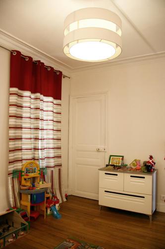 Design Singulier, architecture d'intérieur, chambre enfant rouge