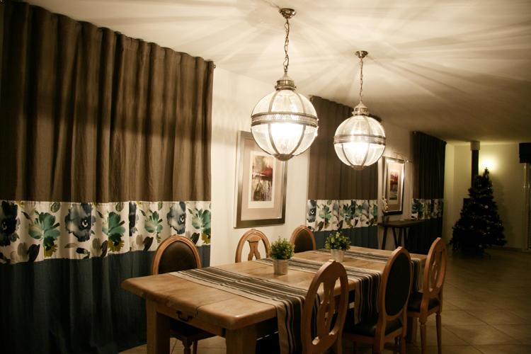 Design Singulier, Architecture d'intérieur, rideaux chocolat et bleu