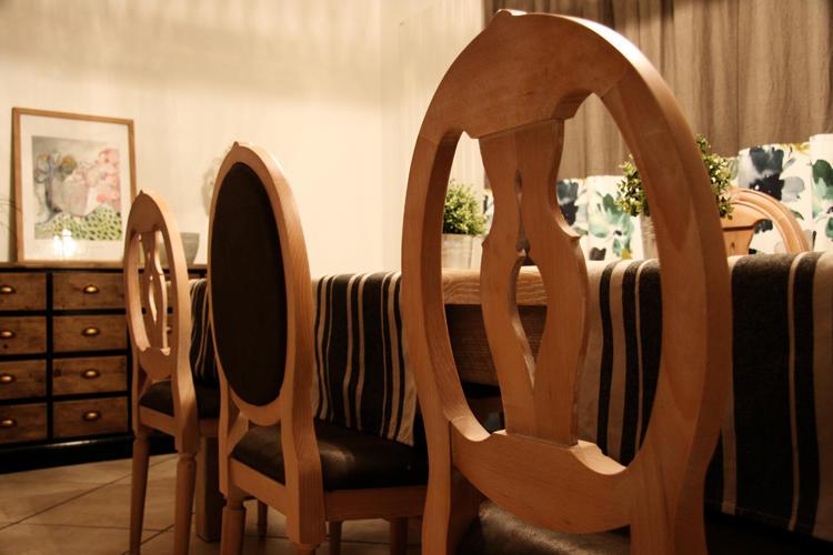 Design Singulier, Architecture d'intérieur, chaises bois