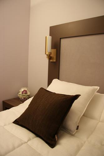 Design Singulier, Architecture d'intérieur, coussins tête de lit