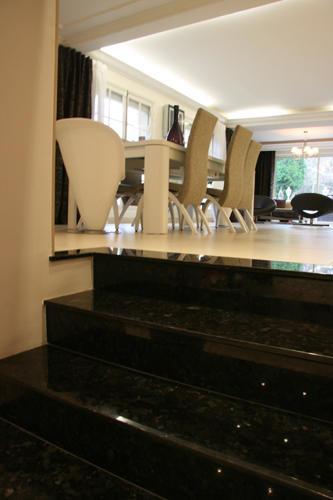Design Singulier, Architecture d'intérieur, escalier marbre