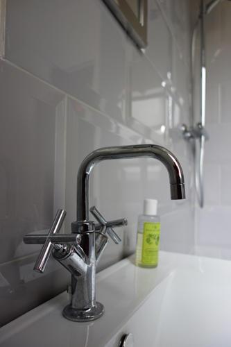 Design Singulier, architecture d'intérieur, salle de bain, robinet