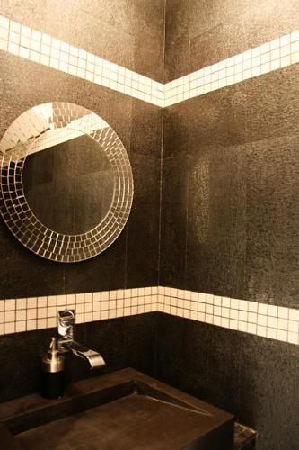 Design Singulier, architecture d'intérieur, salle de bain noire
