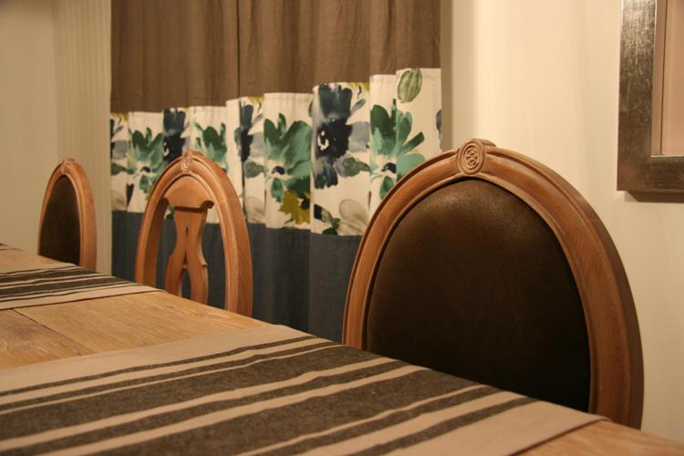Design Singulier, Architecture d'intérieur, chaise en bois