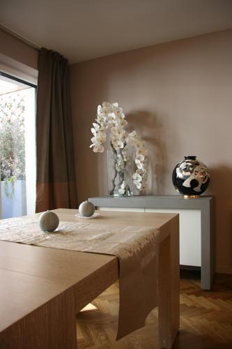 Design Singulier, Architecture d'intérieur, table en bois