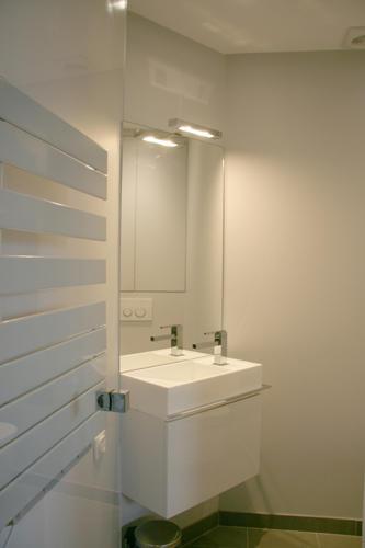 Design Singulier, architecture d'intérieur, salle de bain gain de place