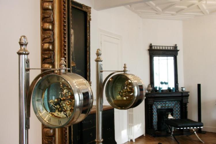 Design Singulier, Architecture d'intérieur, horloge