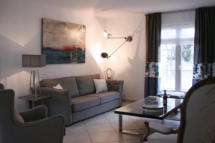 Design Singulier, architecture d'intérieur, séjour taupe