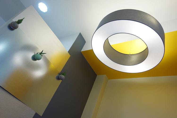 Design Singulier, Architecture d'intérieur, lampadaire