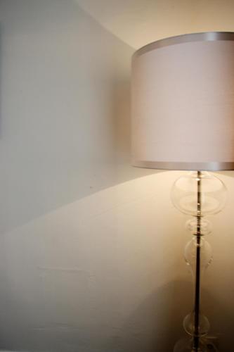 Design Singulier, Architecture d'intérieur, lampadaire verre