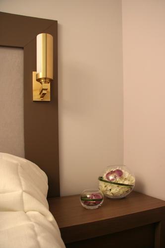 Design Singulier, Architecture d'intérieur, vase orchidées