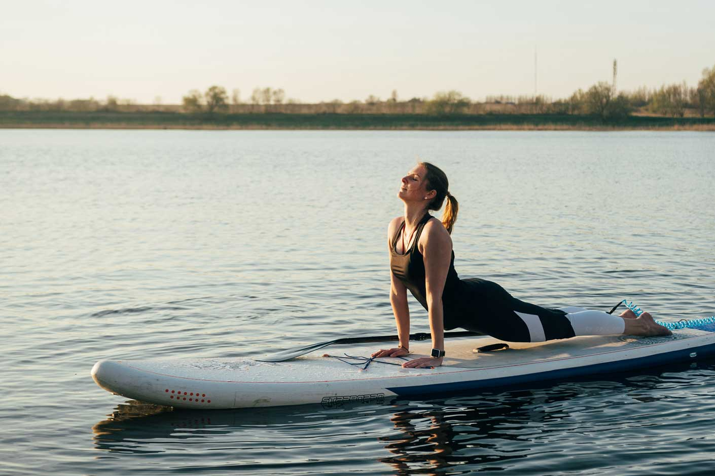 SUP Yoga: Kobra