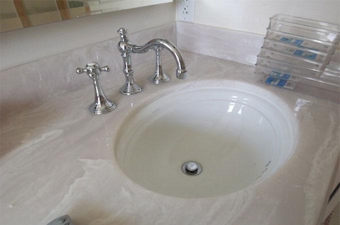 Comment réaliser l\'installation d\'un lavabo encastré ?