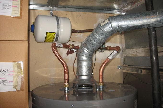 chauffe eau gaz accumulation quels avantages. Black Bedroom Furniture Sets. Home Design Ideas
