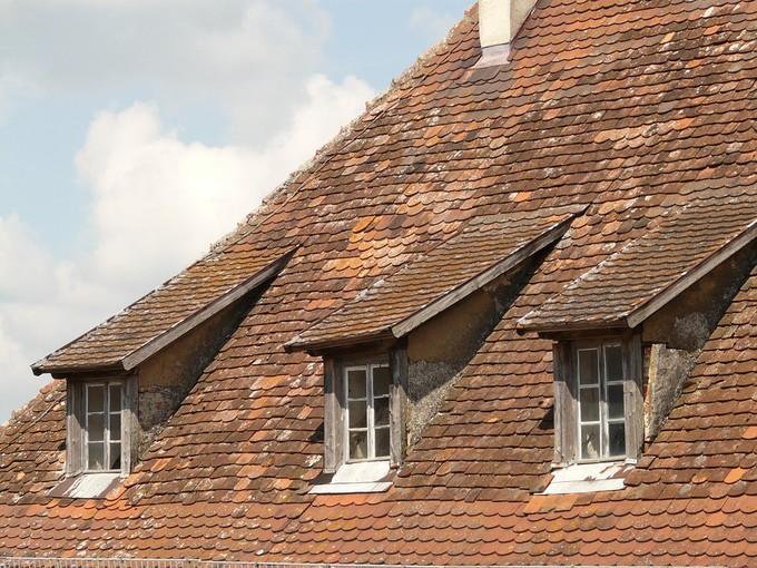 Quel mat riau devez vous choisir pour une fen tre de toit for Fenetre toiture