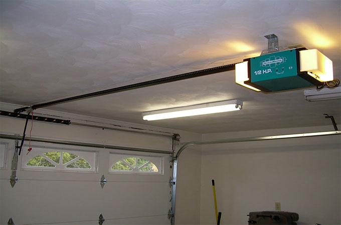 Porte de garage automatique quelle utilit - Ouverture porte garage automatique ...