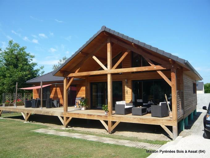 Plusieurs techniques abordées pour construire une maison en bois