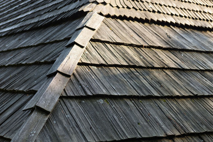 construction et r novatin de toiture en bois. Black Bedroom Furniture Sets. Home Design Ideas