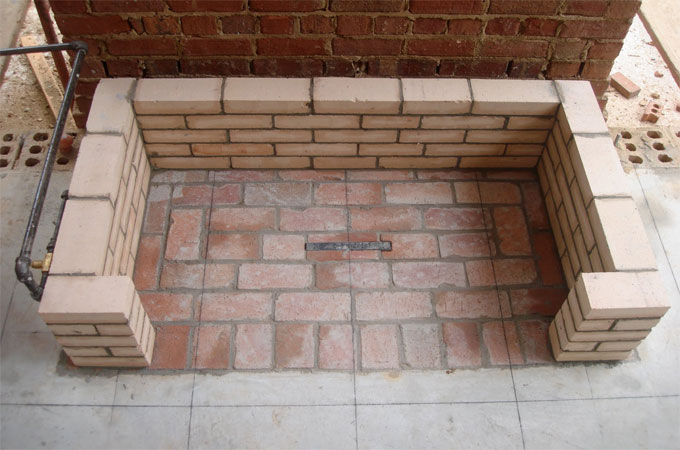 murs en briques r fractaires pour r sister la chaleur. Black Bedroom Furniture Sets. Home Design Ideas