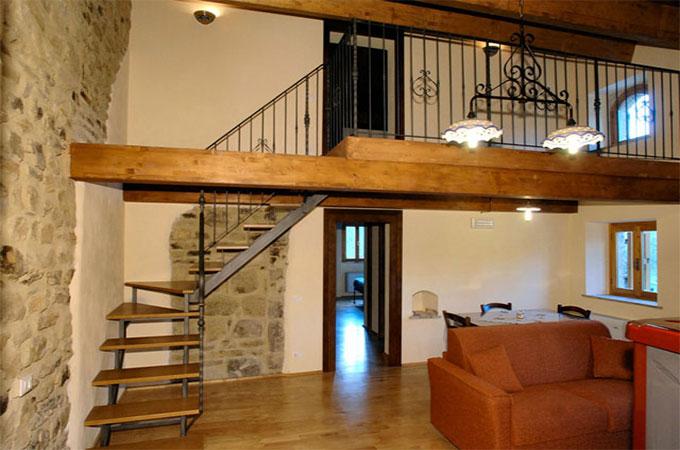tout savoir sur les normes de s curit d un escalier pour mezzanine. Black Bedroom Furniture Sets. Home Design Ideas