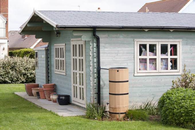 abri de jardin focus sur les cabanes et chalets. Black Bedroom Furniture Sets. Home Design Ideas