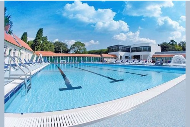 24 Of The Best Outdoor Swimming Pools And Lidos In The Uk
