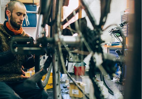 pro_velo_bike_bicycle_workshop_reparation_maintenance