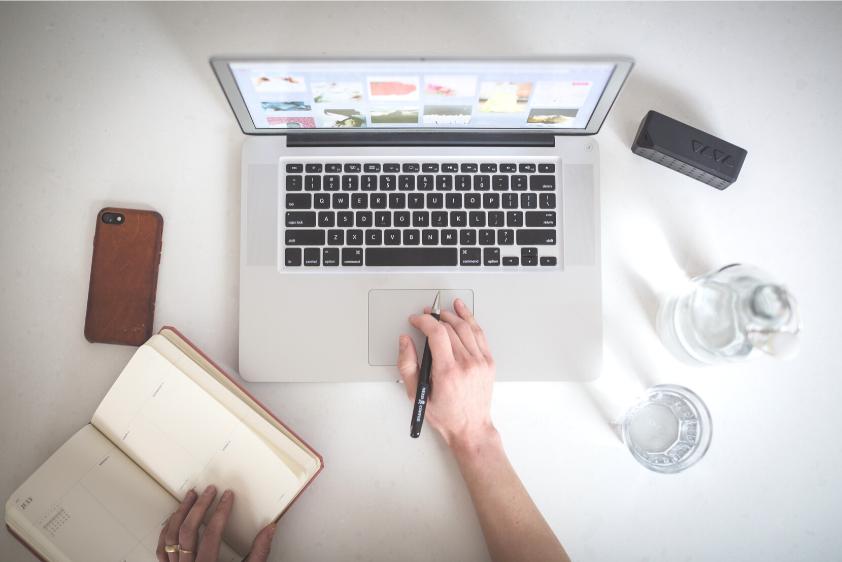 Mehrwertsteuersenkung Laptop Notiz