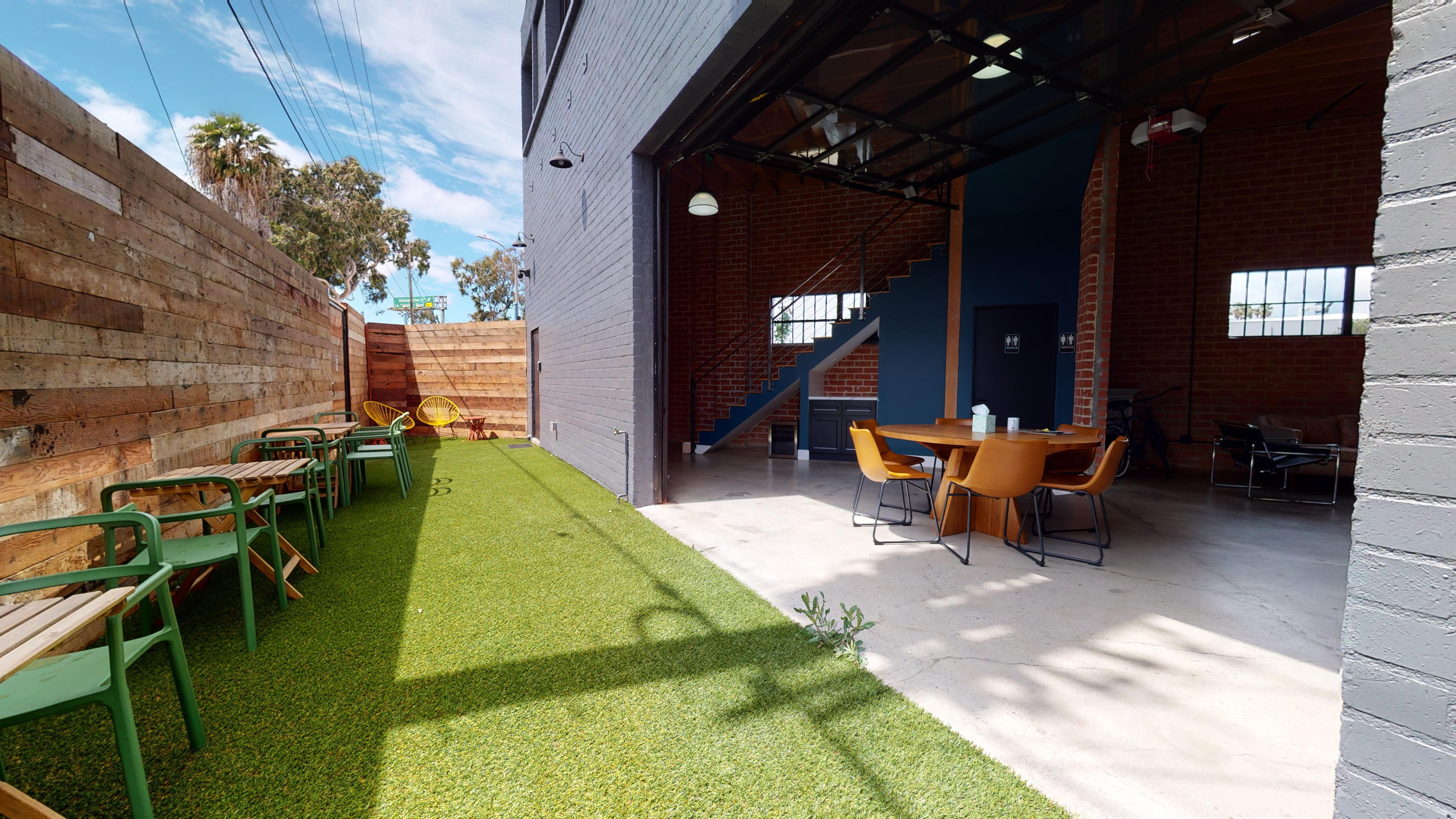 West Adams - Culver City Coworking Space