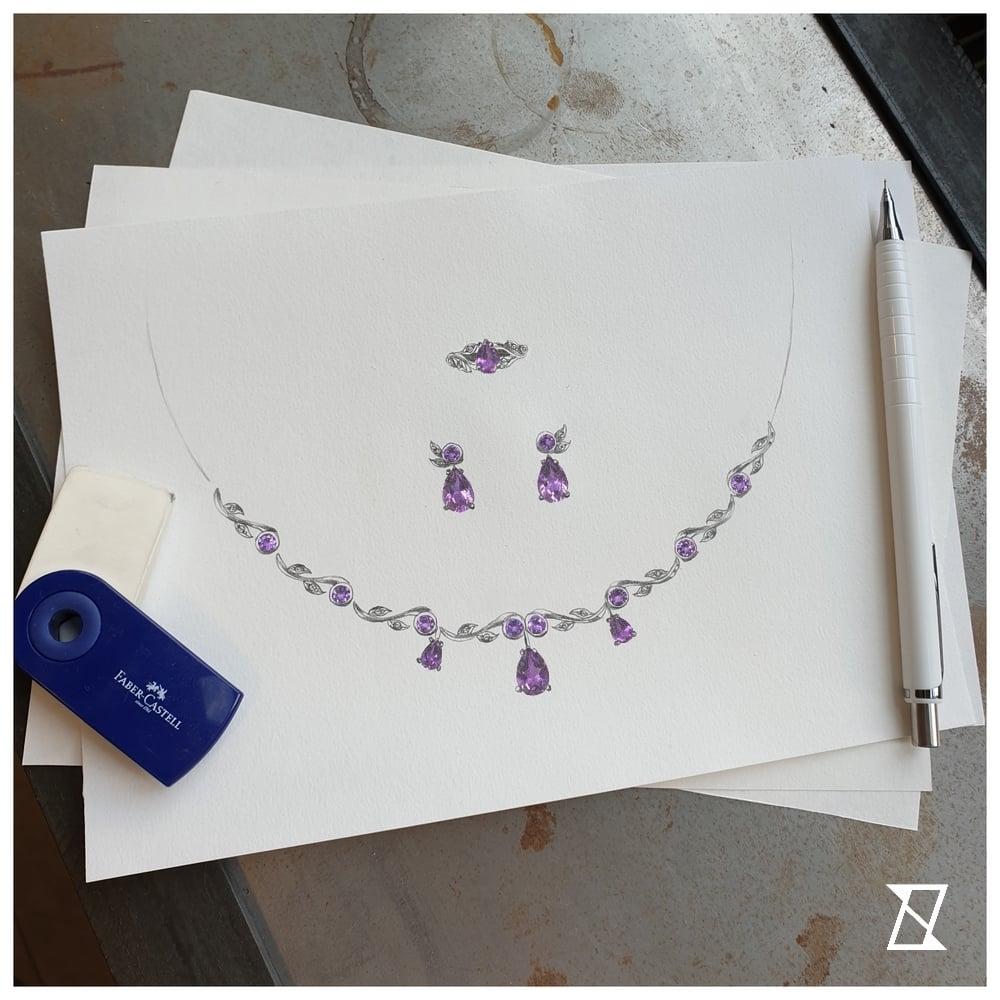 Rysunek kompletu biżuterii zaprojektowanego wg wytycznych klienta.